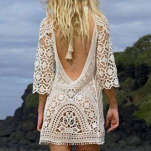 🆕 White Crochet Lace Swimsuit Coverup